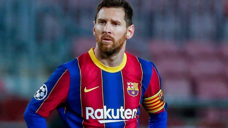 Messi a parasit Barcelona
